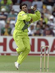 وسیم اکرم عالمی کپ میں آسٹریلیا کو شکست دینے والی پاکستانی ٹیم کے کپتان تھے