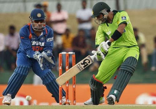 شعیب ملک نے آخری ایک روزہ 2010ء میں کھیلا تھا جب پاکستان کو ایشیا کپ میں بھارت کے ہاتھوں شکست ہوئی تھی