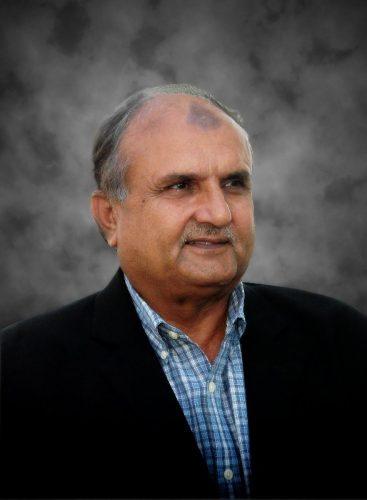جنید خان محمد عامر کے جانے سے پیدا ہونے والا خلا پر کرنے کی صلاحیت رکھتا ہے: اقبال قاسم