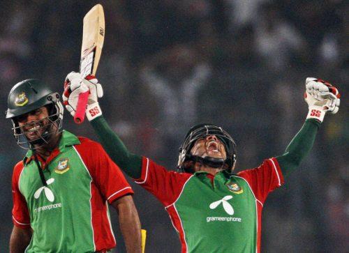 مشفق الرحیم نے اپنی قیادت میں بنگلہ دیش کو پہلے ہی میچ میں فتح دلا دی (تصویر: AP)