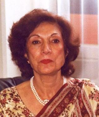 نصرت بھٹو سابق وزیر اعظم ذوالفقار بھٹو کی اہلیہ اور بے نظیر بھٹو کی والدہ تھیں