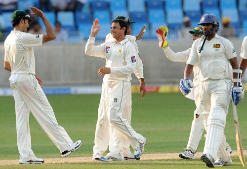 سعید اجمل اس وقت ٹیسٹ میں دنیا کے نویں اور ایک روزہ میں پانچویں بہترین گیند باز ہیں (تصویر: AFP)