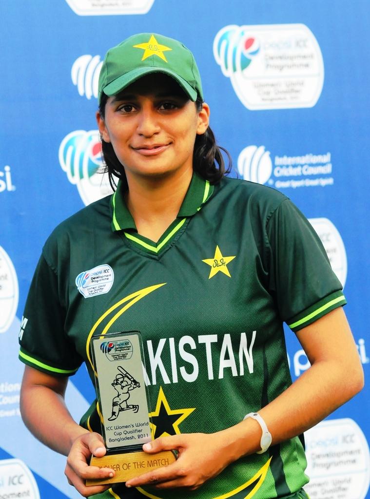 اسماویہ اقبال نے پاکستان کی فتح میں کلیدی کردار ادا کیا اور میچ کی بہترین کھلاڑی قرار پائیں (تصویر: ICC)