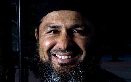 مشتاق احمد پاک-انگلستان اہم سیریز سے قبل اس اہم فریضے سے سبکدوش ہو رہے ہیں (تصویر: Craig Stennett)