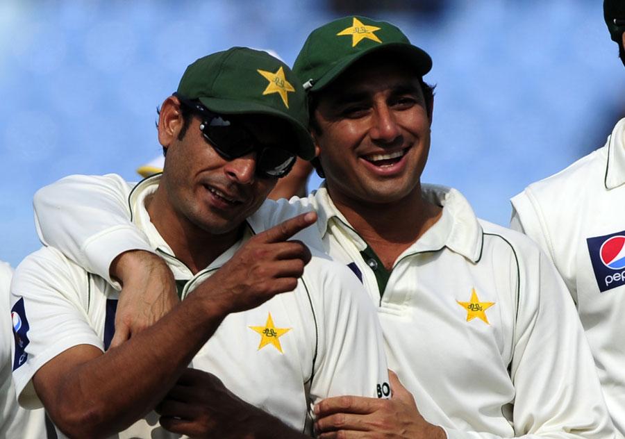 سعید اجمل اور عبد الرحمن کی اسپن جوڑی نے میچ میں 12 وکٹیں حاصل کیں (تصویر: AFP)