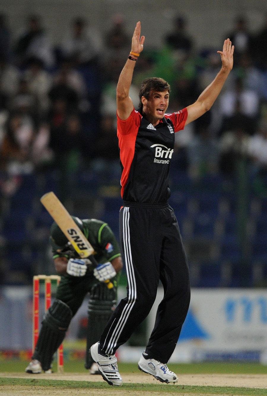 اسٹیون فن کی عمدہ گیند بازی پاکستانی بلے بازوں کے لیے کافی ثابت ہوئی (تصویر: Getty Images)