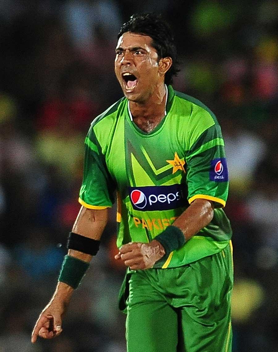 حتمی مرحلے میں محمد سمیع کی برق رفتار گیند بازی سری لنکا پر حتمی ضرب ثابت ہوئی (تصویر: AFP)