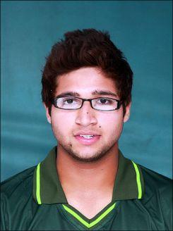 امام الحق پاکستان کے عظیم کھلاڑی انضمام الحق کے بھتیجے ہیں