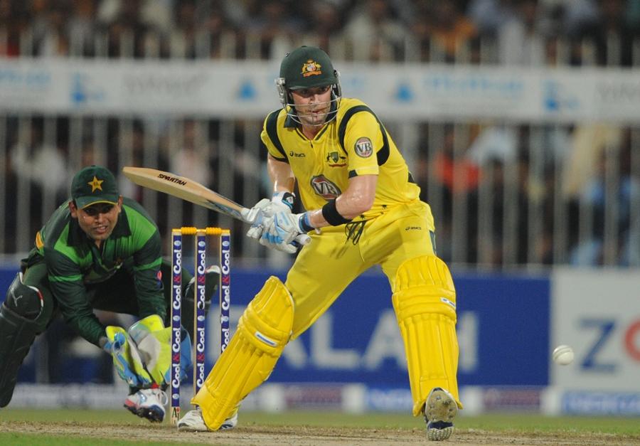 مائیکل کلارک اور دیگر آسٹریلوی بلے بازوں نے اسپنرز خصوصاً سعید اجمل کو بہت سنبھل کر کھیلا اور کمزور پیس اٹیک کو آڑے ہاتھوں لے کر مقابلہ جیت لیا (تصویر: AFP)