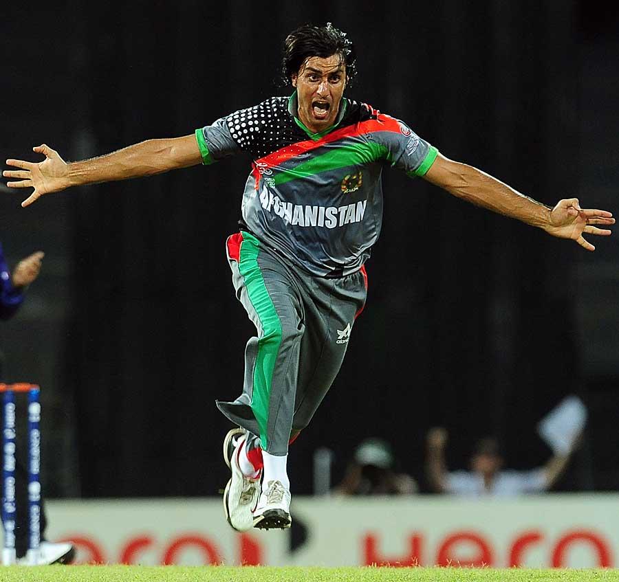 افغانستان نے پہلے مقابلے میں بھارت کو ناکوں چنے چبوائے، لیکن تجربے کے ہاتھوں زیر ہوا (تصویر: AFP)