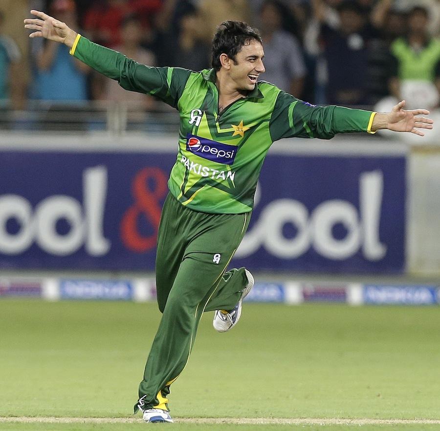سعید اجمل نے فتح کا بہترین موقع فراہم کیا لیکن بلے بازوں نے گنوا دیا (تصویر: AFP)