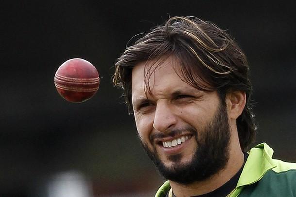 شاہد آفریدی وقفے کے بعد ایک مرتبہ پھر سال کے بہترین ایک روزہ کھلاڑیوں کی ٹیم میں شامل (تصویر: Reuters)