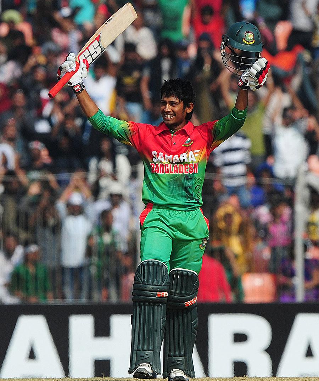 صرف 19 سال کے انعام الحق نے اپنے دوسرے ایک روزہ مقابلے میں سنچری بنا کر بنگلہ دیش کی فتح کی راہ ہموار کی (تصویر: AFP)