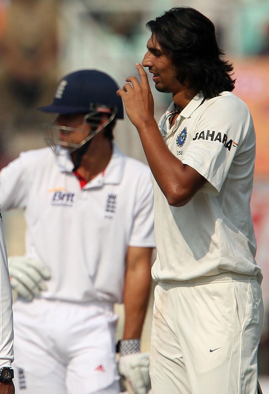 بلے بازوں اور باؤلرز کی ناقص کارکردگی کے باعث جو بھارت کے لیے معمولی سی کسر رہ گئی تھی وہ فیلڈرز نے پوری کر دی (تصویر: BCCI)