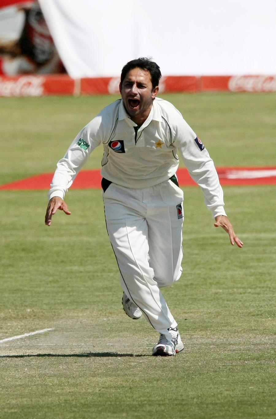 سعید اجمل 2011ء میں واروکشائر کی جانب سے کاؤنٹی سیزن کھیل چکے ہیں (تصویر: AFP)