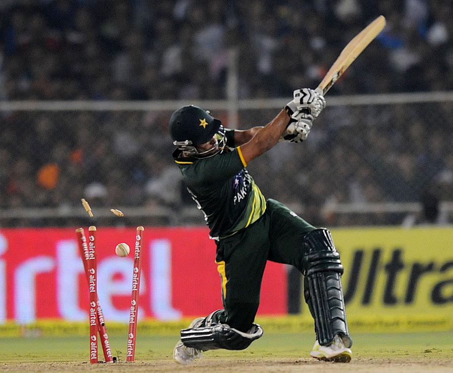 پاکستانی بلے باز اس وقت مقابلے پر گرفت کھو بیٹھے جب دوچار ہاتھ لب بام رہ گیا تھا (تصویر: BCCI)