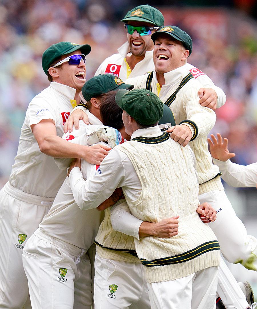 آسٹریلیا نے محض تین دن میں مقابلے کی بساط لپیٹ کر سیریز 2-0 سے اپنے نام کر لی (تصویر: Getty Images)