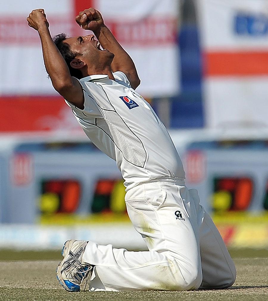 عبد الرحمٰن کی ناقابل یقین کارکردگی نے پاکستان کو سیریز جتوائی اور ایک تاریخی کلین سویپ کی راہ ہموار کی (تصویر: AFP)