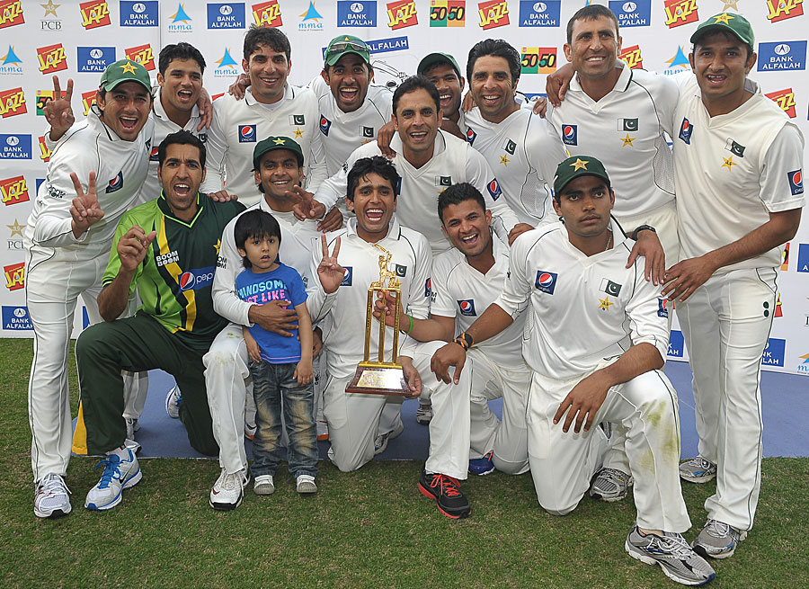 ایسی فتح کی مثال پاکستان ٹیسٹ کرکٹ کی تاریخ میں ملنا مشکل ہے (تصویر: AFP)