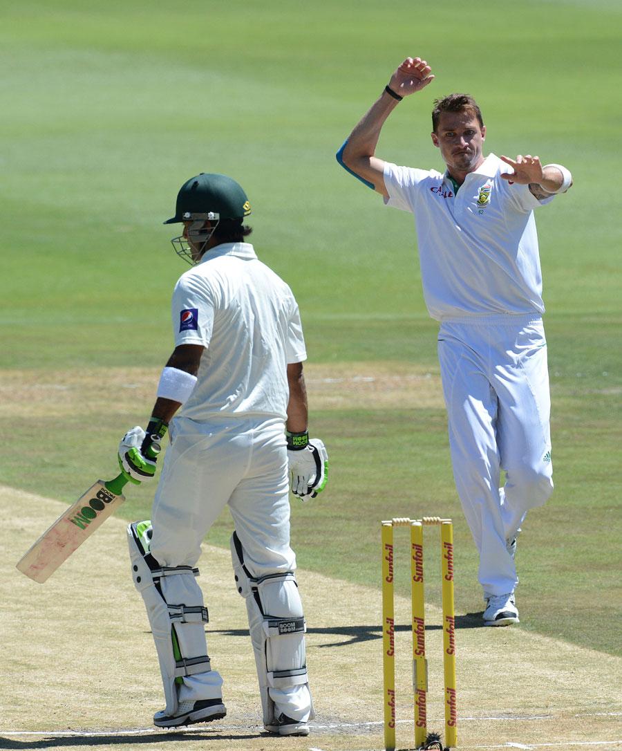 ڈیل اسٹین نے پاکستان کے حالیہ دورۂ جنوبی افریقہ میں 6 مرتبہ محمد حفیظ کی وکٹ حاصل کی (تصویر: Getty Images)