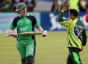 اگر پاکستان میچ ہار جاتا تو وہ ٹیسٹ رکنیت نہ رکھنے والے ملک سے سیریز ہارنے والا پہلا ٹیسٹ رکن بن جاتا (تصویر: AFP)