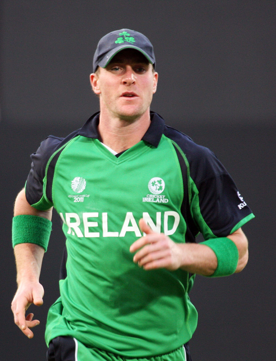 جان مونی سابق برطانوی وزیراعظم مارگریٹ تھیچر کے خلاف ایک ٹویٹ کرنے کی وجہ سے پابندی کا شکار ہیں اور پہلا میچ نہیں کھیل پائیں گے (تصویر: Cricket Ireland)