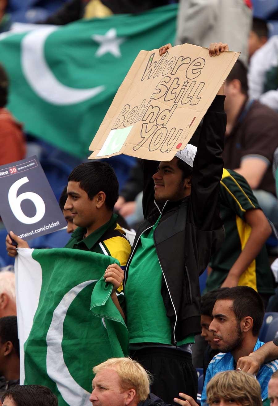 انگلستان میں مقیم پاکستانی شائقین کو تلخ یادوں سے گزرنے کے بعد ایک مرتبہ پھر ٹیم کی حمایت کا موقع ملے گا (تصویر: PA Photos)