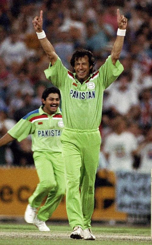 پاکستان نے سب سے زیادہ بین الاقوامی میچز عمران خان کی قیادت میں جیتے ہیں، 14 ٹیسٹ اور 75 ون ڈے مقابلے (تصویر: Getty Images)