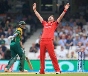 انگلش باؤلرز نے جنوبی افریقہ کے بلے بازوں کے لیے کوئی 'جائے قرار' نہ چھوڑی (تصویر: Getty Images)