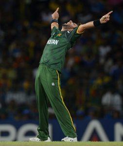شاہد آفریدی 350 وکٹیں لینے والے پاکستان کے تیسرے اور مجموعی طور پر آٹھویں باؤلر ہیں (تصویر: Getty Images)