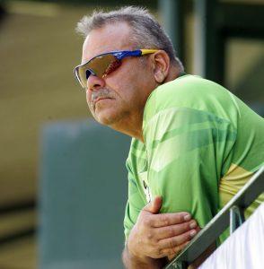 عالمی نمبر ایک جنوبی افریقہ کے خلاف غیر متوقع اور حیران کن نتائج ہی ڈیو واٹمور کو بچا سکتے ہیں (تصویر: AFP)