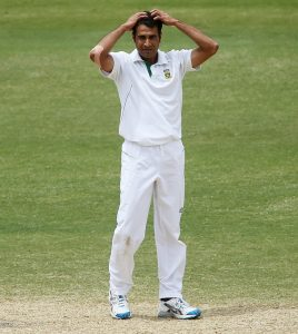 گزشتہ سال آسٹریلیا کے خلاف ٹیسٹ میں بدترین ناکامی کے بعد عمران طاہر کو پہلی بار جنوبی افریقہ نے ٹیسٹ ٹیم میں طلب کیا ہے (تصویر: Getty Images)
