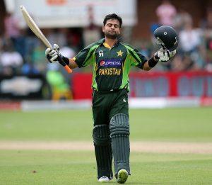 احمد شہزاد کو اپنی توجہ مکمل طور پر کھیل پر مرکوز رکھنی چاہیے (تصویر: AFP)