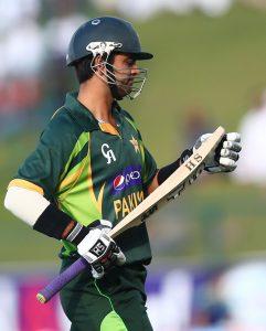احمد شہزاد رواں سال بغیر کوئی فرسٹ کلاس میچ کھیلے ٹیسٹ کرکٹر بن گئے، اور شان مسعود کارکردگی دکھانے کے باوجود دوسرا موقع ملنے سے محروم (تصویر: AFP)