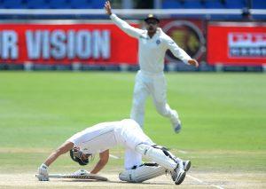 فتح سے محض 8 رنز کا فاصلہ ہونے کی وجہ سے شائقین کا عام تاثر یہ ہے کہ جنوبی افریقہ جھک گیا، لیکن بھارت کی کارکردگی پر بھی سوالیہ نشان اٹھتا ہے (تصویر: Getty Images)