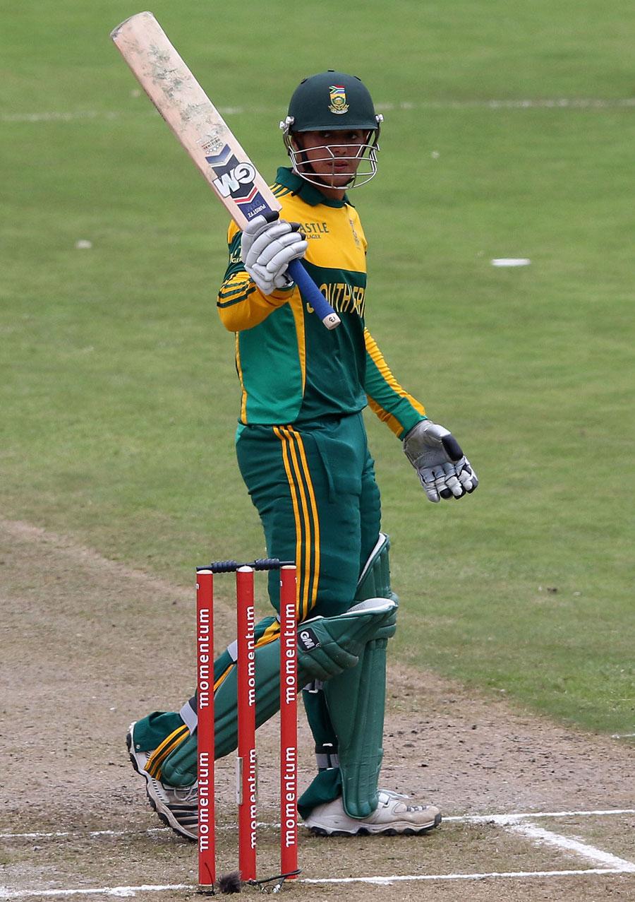 بیس سالہ کوئنٹن ڈی کوک کی ایک اور سنچری، اور جنوبی افریقہ کی ایک اور کامیابی (تصویر: AFP)