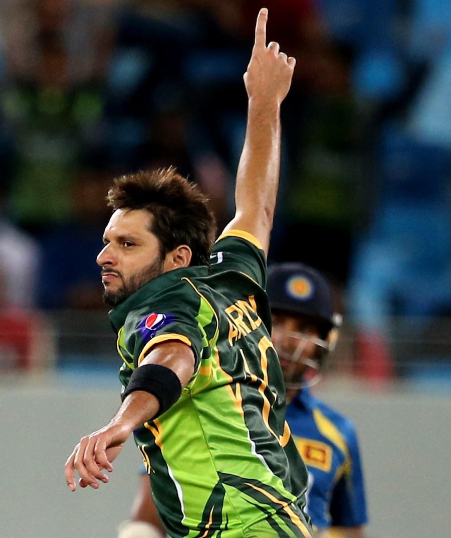 شاہد آفریدی نے رواں سال ثابت کیا کہ ان میں ابھی کافی کرکٹ باقی ہے (تصویر: AFP)