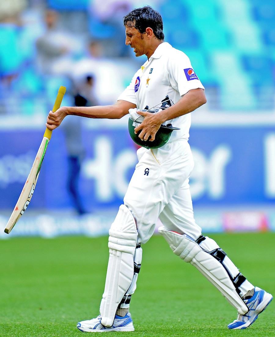 صرف 87 رنز کے اضافے پر 9 وکٹیں اور وہ بھی سری لنکا کے خلاف؟ یہ بات ہضم کرنا مشکل ہے (تصویر: AFP)