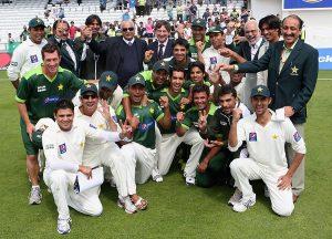 پاکستان اور آسٹریلیا کے درمیان 2010ء میں دو ٹیسٹ میچز کی سیریز انگلستان میں کھیلی گئی تھی (تصویر: Getty Images)