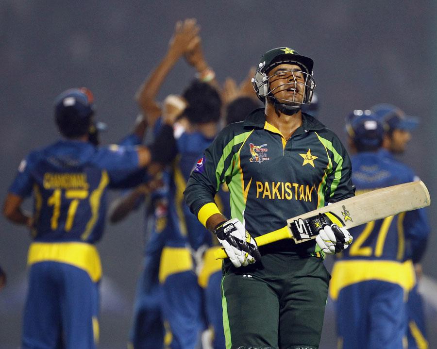 پاکستان پچھلے تین سالوں سے 250 رنز یا اس سے زیادہ کا ہدف ملنے پر کوئی ون ڈے نہيں جیتا (تصویر: AP)