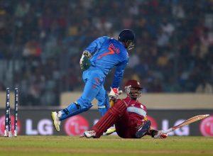 بھارت کی اسپن باؤلنگ نے ویسٹ انڈیز کے بلے بازوں کو بھونچکا سا کردیا (تصویر: Getty Images)