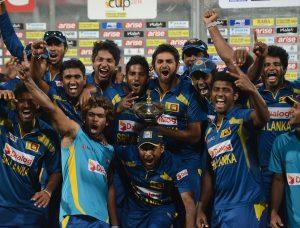 طویل عرصے بعد سری لنکا کا کوئی ٹورنامنٹ جیتنا ایک خوش آئند نظارہ تھا (تصویر: AFP)