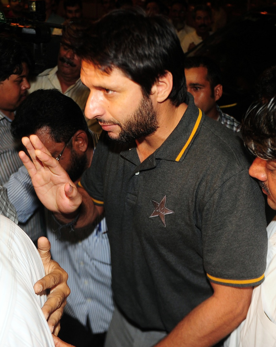 اپنی منفی سوچ کی وجہ سے ویسٹ انڈیز کے خلاف ہارے، شاہد خان (تصویر: AFP)