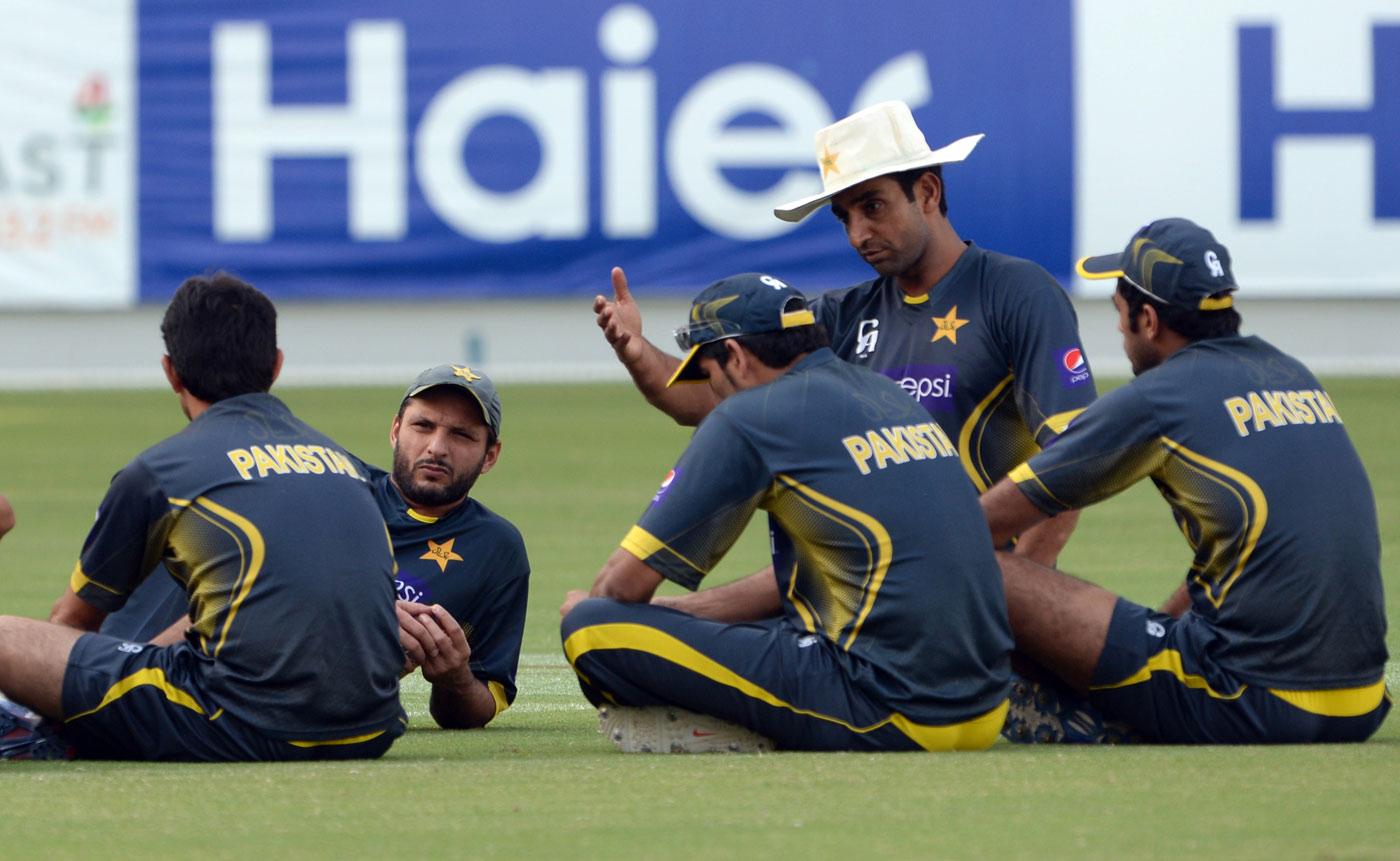 پاکستان کی باؤلنگ کے لیے محمد اکرم کا دور بہت مایوس کن رہا (تصویر: AFP)