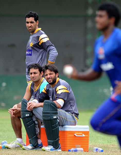 تینوں کھلاڑی 2009ء ورلڈ ٹی ٹوئنٹی کی فاتح ٹیم کا حصہ تھے (تصویر: AFP)