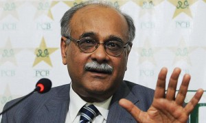 کمیٹی کے اراکین نے غیر رسمی طور پر مجھے بتایا تھا کہ اب تک وقار یونس سب سے مضبوط امیدوار ہیں: نجم سیٹھی کی وضاحت (تصویر: Dawn)