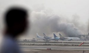 کراچی ایئرپورٹ پر حملے نے پاکستان میں بین الاقوامی کرکٹ کی واپسی کو مزید کئی سالوں کے لیے دھکیل دیا ہے (تصویر: AFP)