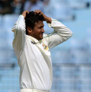 شکیب کو دیکھ کر دیگر کھلاڑی بھی رنگ پکڑ رہے تھے، یہ فیصلہ نہ کرتے تو بنگلہ دیشی کرکٹ کو ناقابل تلافی نقصان پہنچتا: بنگلہ دیشی بورڈ (تصویر: AFP)