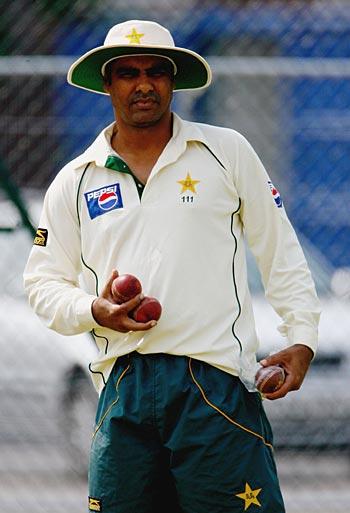 میری ذمہ داریوں میں سے ایک پاکستان میں باصلاحیت تیز باؤلرز ڈھونڈنا بھی ہے، وقار (تصویر: Getty Images)