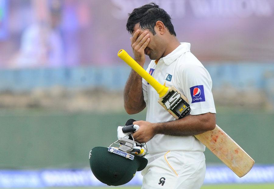 پاکستان دو ماہ بھی عالمی درجہ بندی میں تیسری پوزیشن پر فائز نہ رہ سکا اور واپس چھٹے نمبر پر آ گیا (تصویر: AFP)